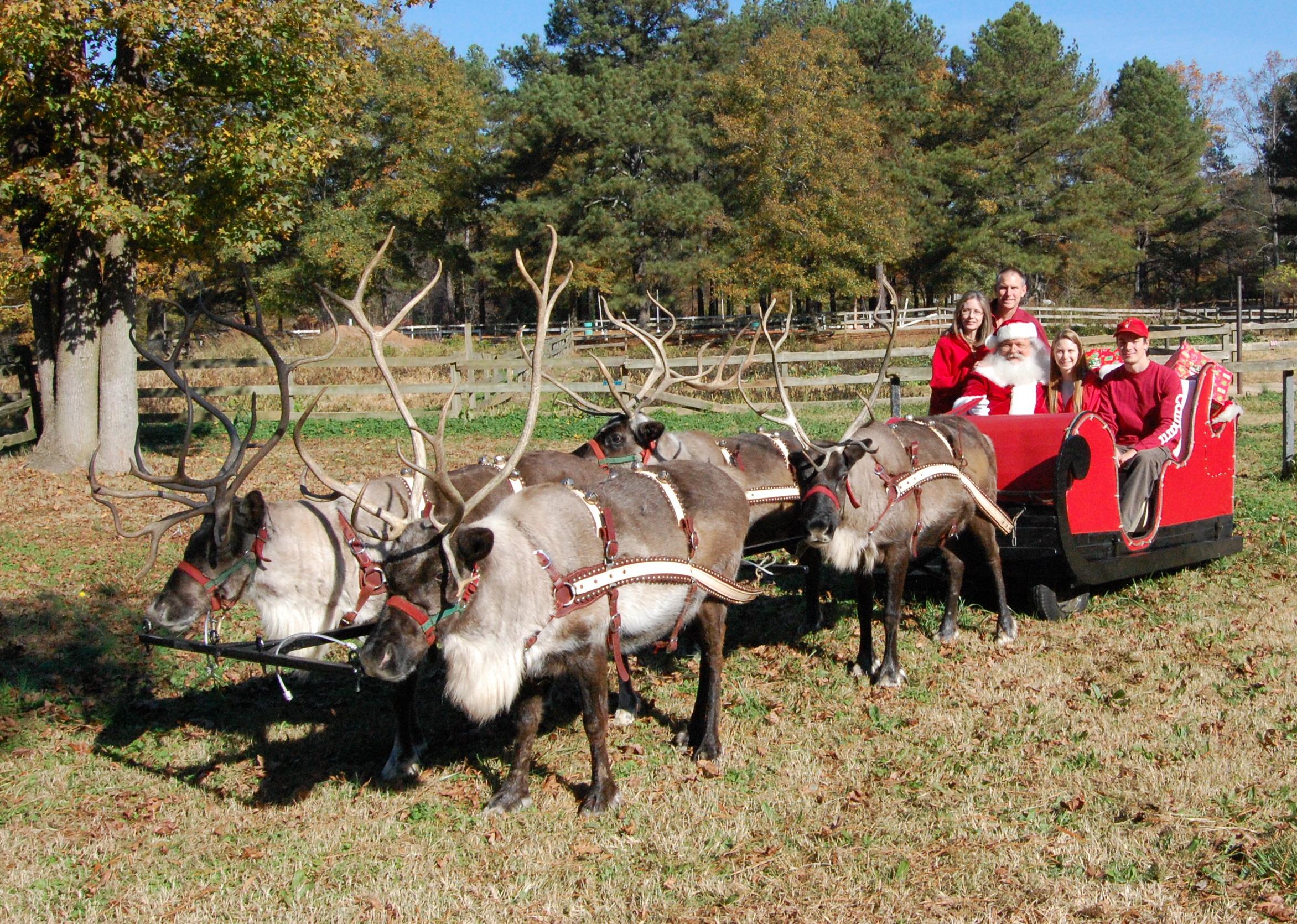 Santa And His Reindeer Welcome The Holiday Season At Barnsley Gardens Resort Barnsley Gardens